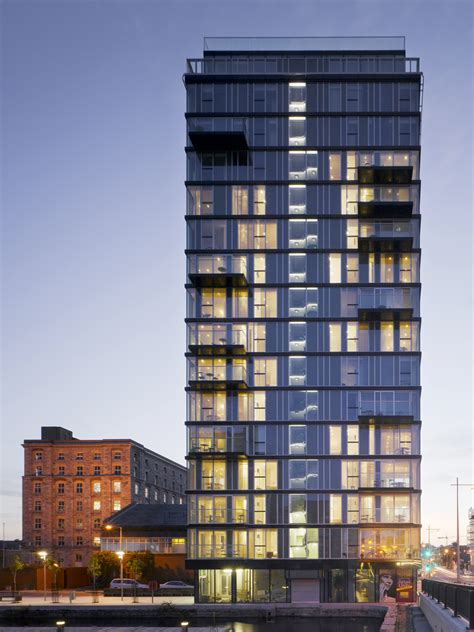 Alto Vetro Residential Tower / Shay Cleary Architects   3D
