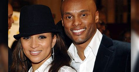 why did the singer chante moore divorce omg kenny lattimore chantemoore s son just graduated