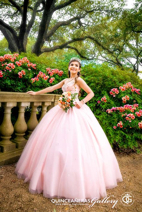 Quinceanera Photography by Houston Quinceaneras Gallery Juan Huerta Photography