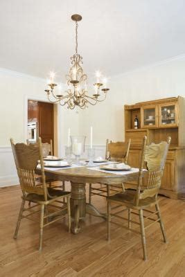 padding for dining room chairs how to apply padding to dining room chairs ehow