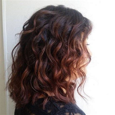 mahoganey hair with highlights 25 best ideas about mahogany highlights on pinterest