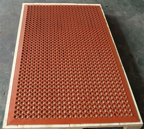 Chemical Resistant Floor Mats by Eco Friendly Honeycomb Rubber Mat Chemical Resistant