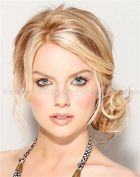 pictures of hairstyles chignon hairstyles loose side chignon trendy