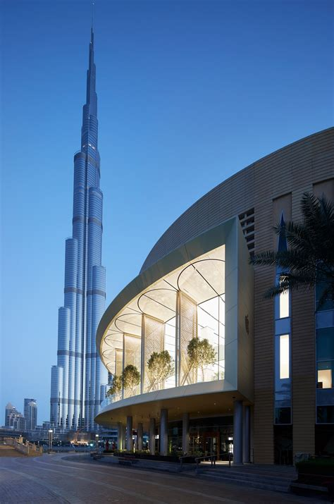 apple dubai apple created a new kind of store in dubai that changes