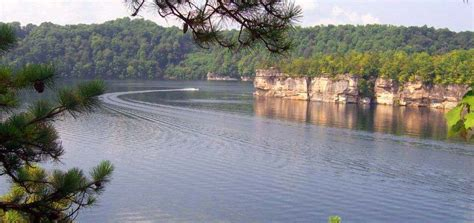 Cabins Summersville Lake Wv by West Virginia Lake Cabins And Cottage Rentals