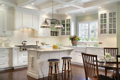 Vintage Kitchen Islands 30 popular traditional kitchen design ideas
