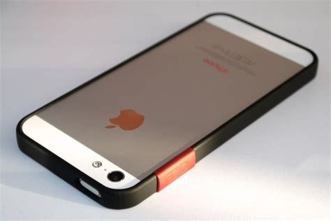 Bumper Ribbon Iphone 5 the thinedge the iphone 5 finally gets its bumper back review cult of mac