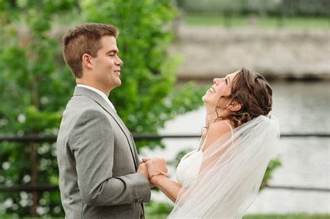 Professional Wedding Pictures by Professional Wedding Photographers Of Canada Pwpc