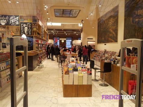 libreria feltrinelli libreria feltrinelli alla stazione di firenze 9