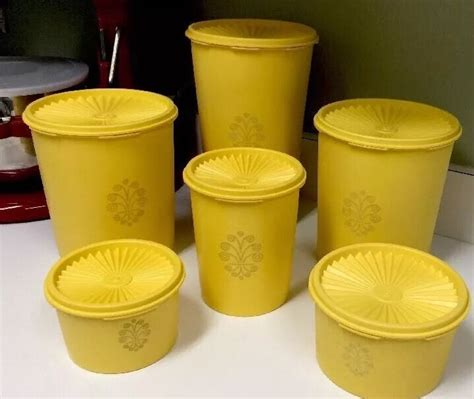 Tupperware Yellow Choco Pop tupperware vintage sur culture pop des 233 es