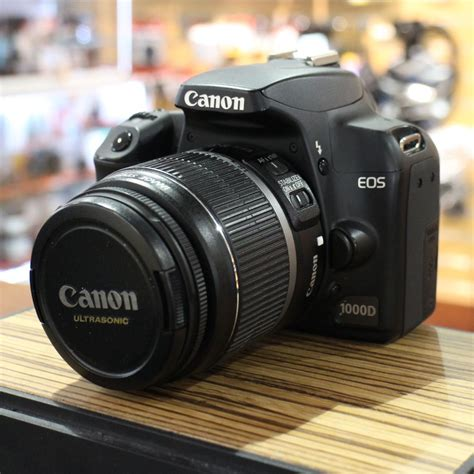 Kamera Canon 1000d Dslr used canon eos 1000d dslr with ef s 18 55mm is lens used cameras used harrison