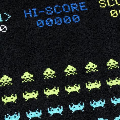 space invaders rug space invaders screenshot printed rug thinkgeek