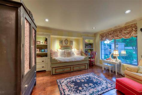 Million Dollar Bedrooms by Million Dollar Bedrooms Images