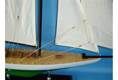Sailboat Models For Decoration by America S Cup Wooden Sailboat Reliance Model Decoration 33