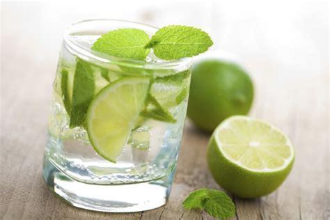 alimenti che disintossicano il fegato 4 bevande serali che disintossicano il fegato