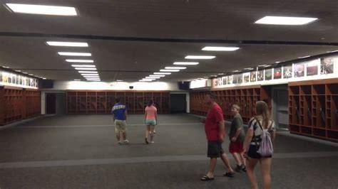 bowl room bowl tour locker room