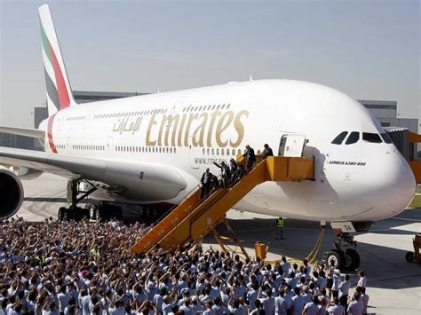emirates aircraft emirates airbus a380 superjumbo world economic forum davos