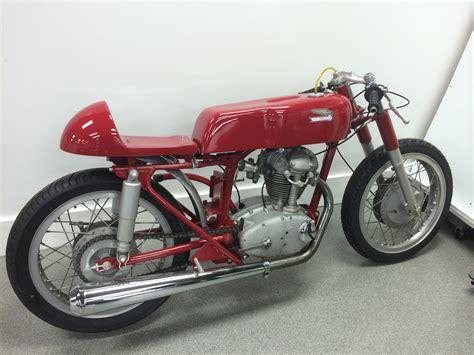 Ducati Rennmotorrad by Ducati 250 Cafe Race Bike