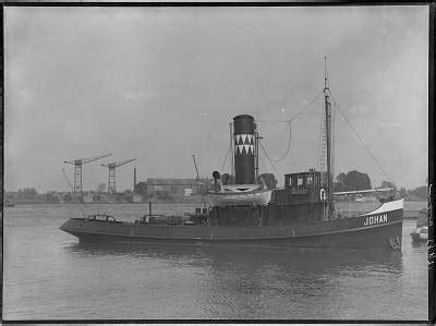 sleepboot johannes 556 2666 stoomsleepboot johan op de merwede regionaal