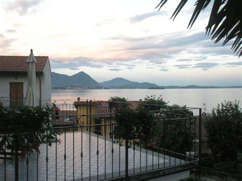 la terrazza lago maggiore la terrazza e la sala colazioni bed and breakfast lago