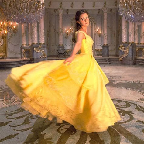 Emma S Belle S Yellow Gown From Beauty And The Beast A | 7 first photos reveal how emma watson will look as belle