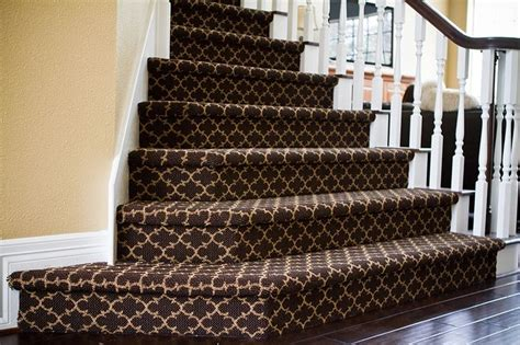 Rug For Steps by Patterned Carpeted Stairs Search Stairs
