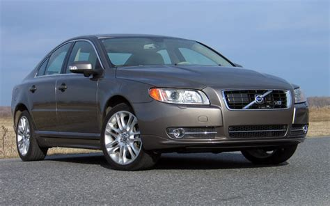 volvo  tests news    wallpapers  car guide