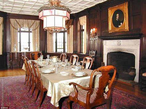 how many bedrooms does a mansion have anderson cooper buys historic multi million dollar