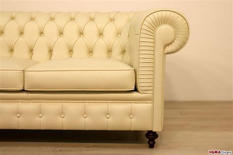divani angolo prezzi divano chesterfield angolare prezzi e misura
