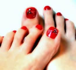 amazing christmas toe nail art designs amp ideas for