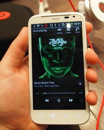 Pelindung Hp Nokia Xl htc sensation xl smartphone layar lebar memori jadi