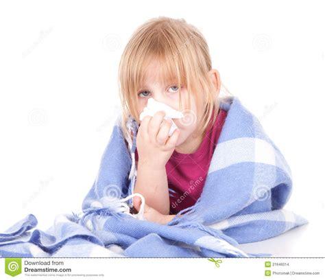 imagenes niños enfermos ni 241 a enferma con gripe imagenes de archivo imagen 21646014