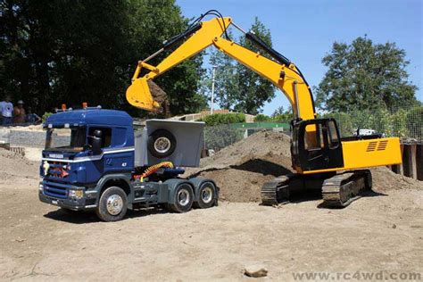 Special Edition Mainan Rc Truck Exavator Heavy Machine Xm 6811l 1 12 scale earth digger 4200xl hydraulic excavator rtr