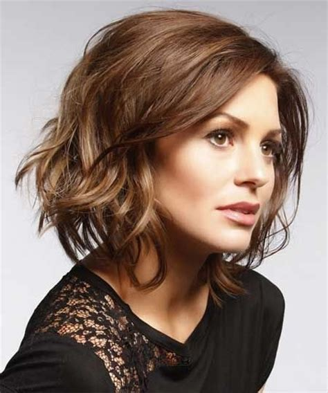 Short Loose Wave Hairstyle | 20 hottest short wavy hairstyles popular haircuts
