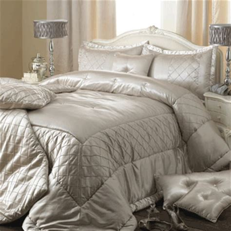 great gatsby inspired bedroom 29 best images about the style of the great gatsby on