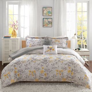 i love lucy comforter set 1000 ideas about yellow comforter set on pinterest