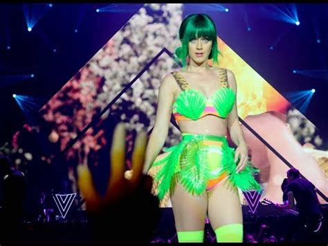 katy perry reflection section katy perry the prismatic world tour amsterdam 2015