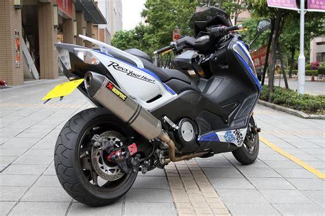 Akrapovic Vr46 Yamaha Nmax Yamaha Tmax 530 Wheelie