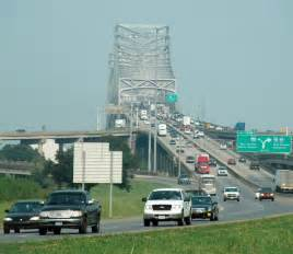 Bridge over the mississippi river in baton rouge