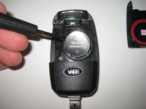 kia sportage key fob battery replacement guide 009