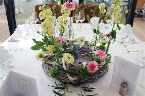 Hochzeitstag Tischdeko by Tischdeko Hochzeit Tischdekoration Deneme Ama 231 Lı