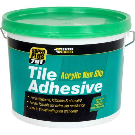 Tile Adhesive 701 Non Slip Wall Tile Adhesive 2 5l Toolstation