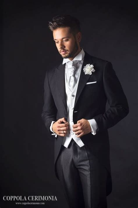 beach wedding tuxedo ideas - wedding favor boxesCherry Marry Cherry ...