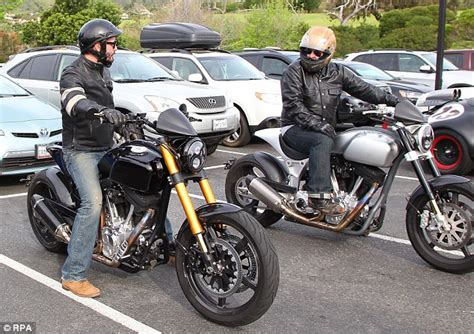 keanu reeves motorcycle cost keanu reeves shows off his arch motorcycle company in