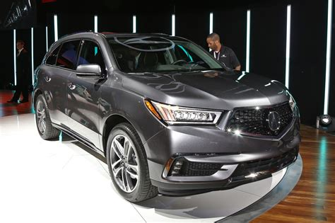 2017 acura mdx arrives with updated styling new hybrid