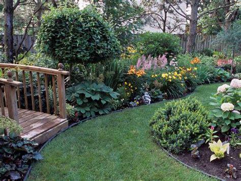 gorgeous backyards beautiful backyard flower gardens www pixshark com