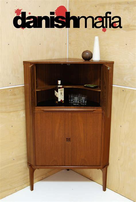 mid century modern corner cabinet dsc 0307 f