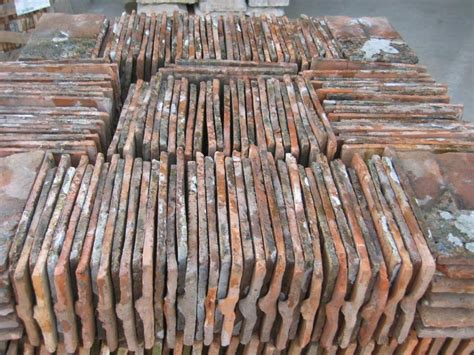 Tuiles Plates Anciennes by Tuiles Plates Anciennes Tuile Plate Terre Cuite Bca