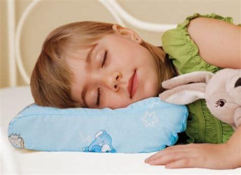 when should a child a pillow neck pillow pillows for children