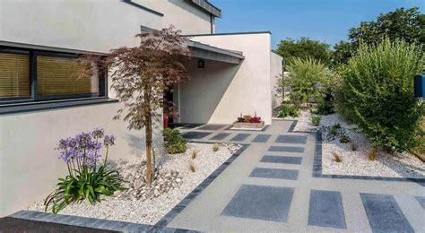 Idee Amenagement Jardin Devant Maison 1536 by Massif Paysager Moderne Fz38 Jornalagora